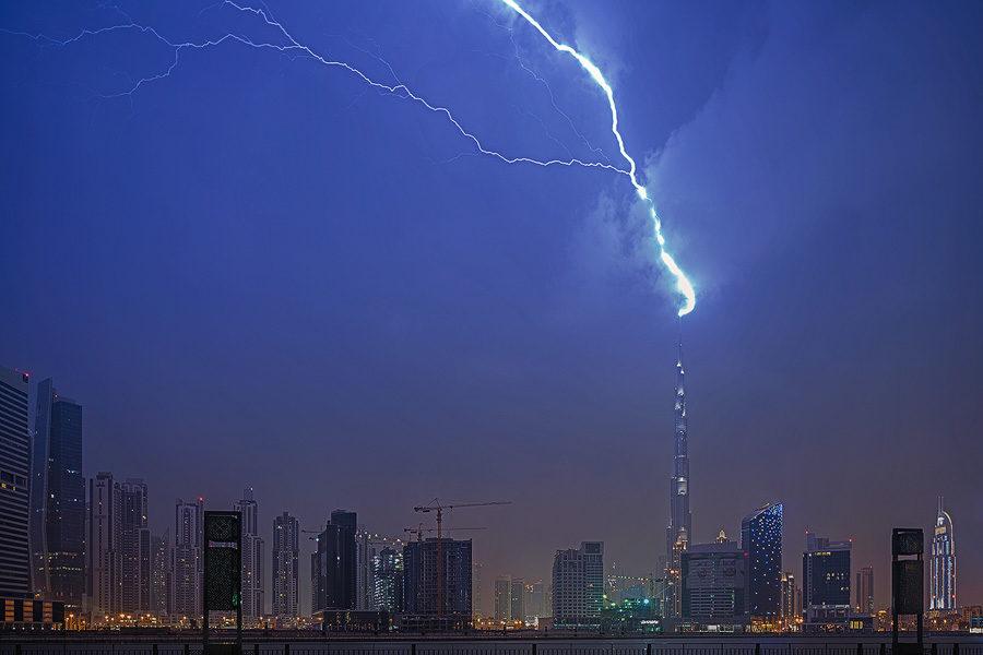 Burj Khalifa under lightning strike